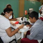 Students and parents of El Guasmo received aid from the Medical Brigades