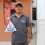 alvaro noboa ayuda a los mas necesitados con medicina gratis