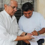 alvaro noboa promueve labor socila fundacion cruzada
