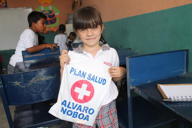 Juan Carlos Luanga School received the visit of the Foundation Cruzada Nueva Humanidad