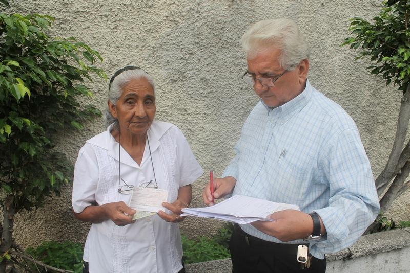 La Fundación de Álvaro Noboa, Cruzada Nueva Humanidad, brindó ayuda el 29 de Abril del 2014