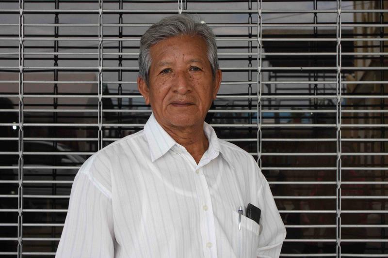 Alvaro Noboa contributes with social assistance to Ecuadorian families