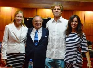 De Izquierda a derecha: Dra. Annabella Azin de Noboa, Álvaro Noboa, Anthony Shriver Kennedy y Alina Shriver.