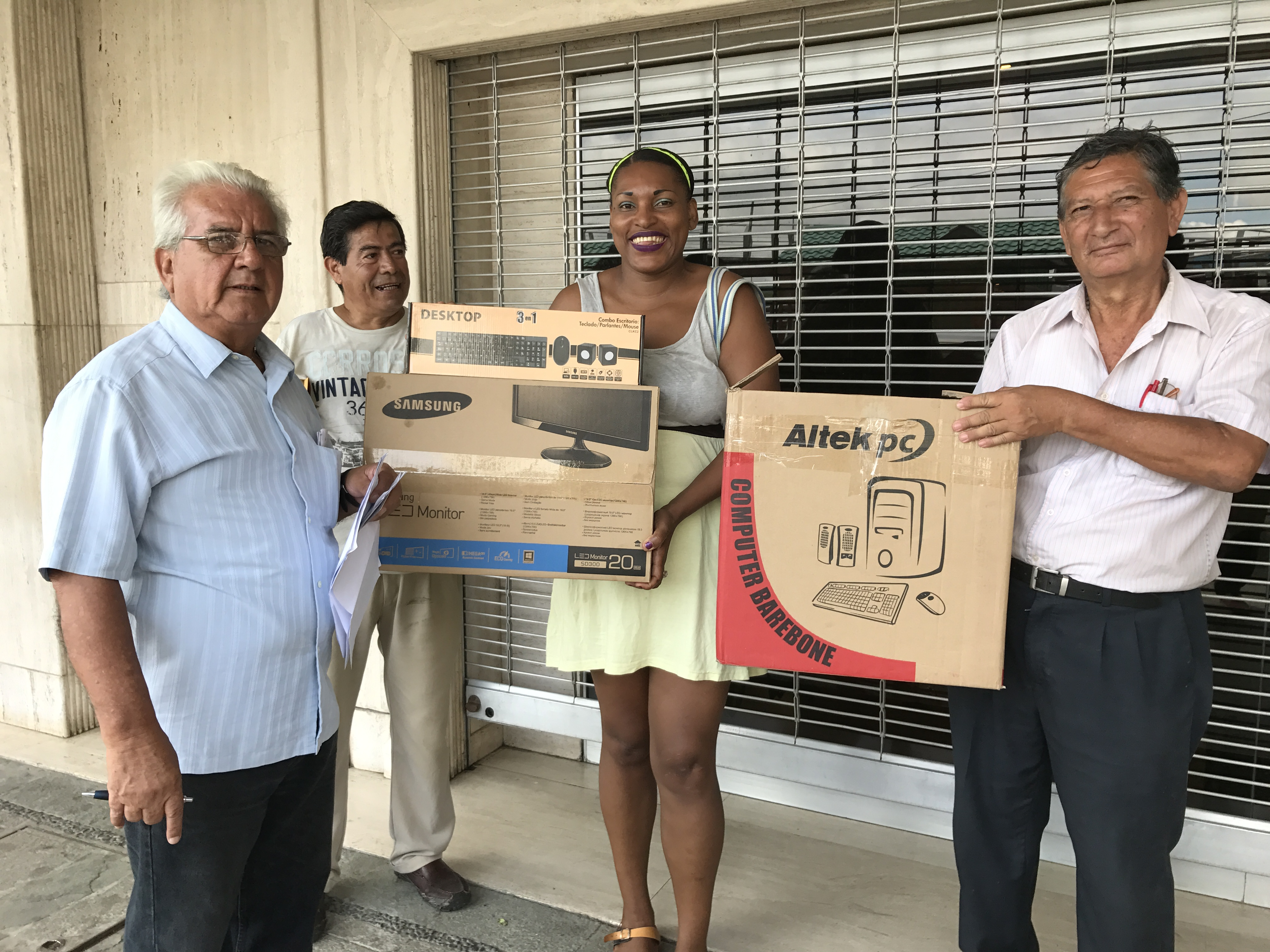 The Foundation donated a computer