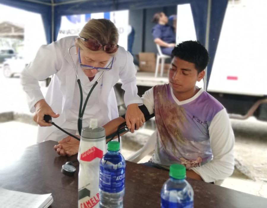 Medical Visit Manta 2016 Dr. Annabella Azín de Noboa